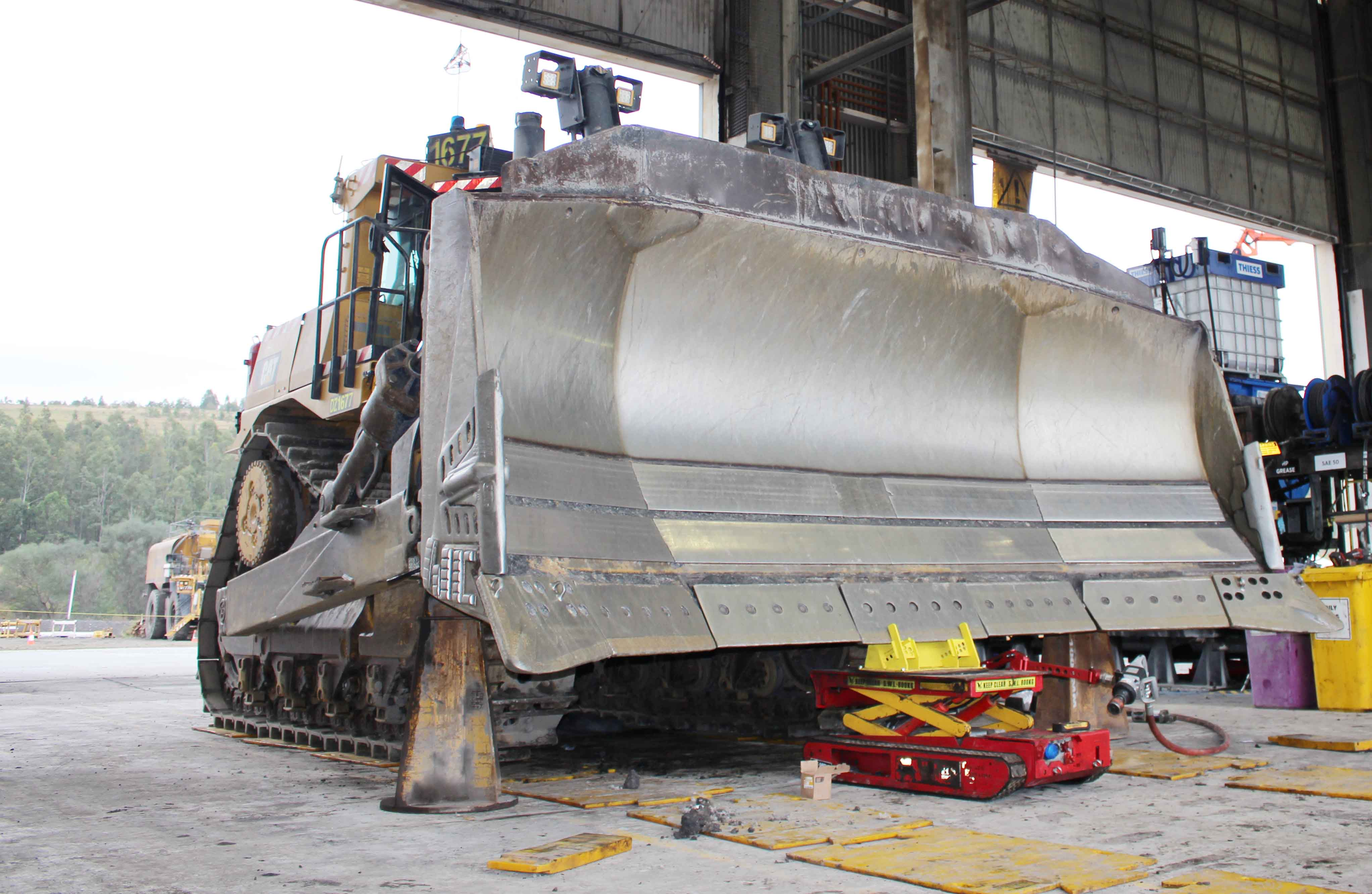 Lift Assist arm a game changer for Mt Owen fitters   Safe To Work